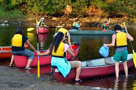 outreach-canoe-2
